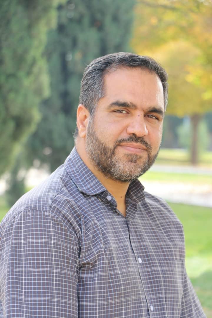 اقای درودمند مدیریت داخلی باشگاه فرهنگی ورزشی فجر